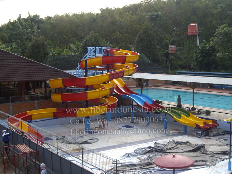 """Kontraktor Waterboom Waterpark Waterslide"""