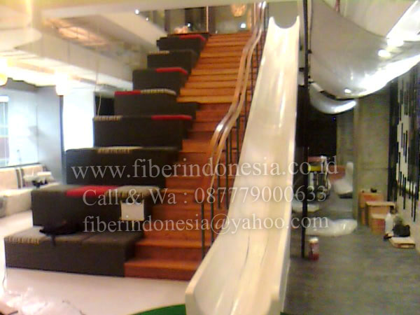 """Perosotan Fiber Emergency Stairs"""